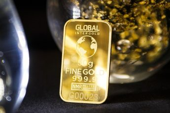 can i use my ira to buy gold
