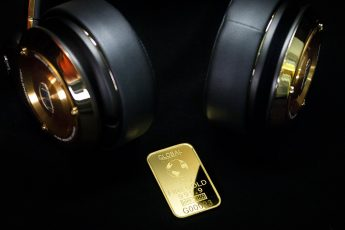 why gold price is increasing